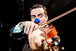 O_violinista_mosca_morta_-_Foto_Lúcio_Go