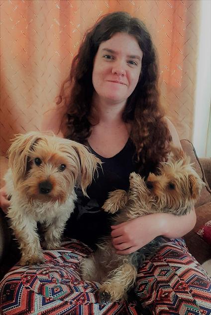 Pet P.A. - Imogen Wain Profile Pic 3.jpg