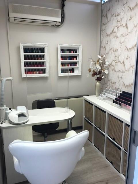 New Salon 3.jpg
