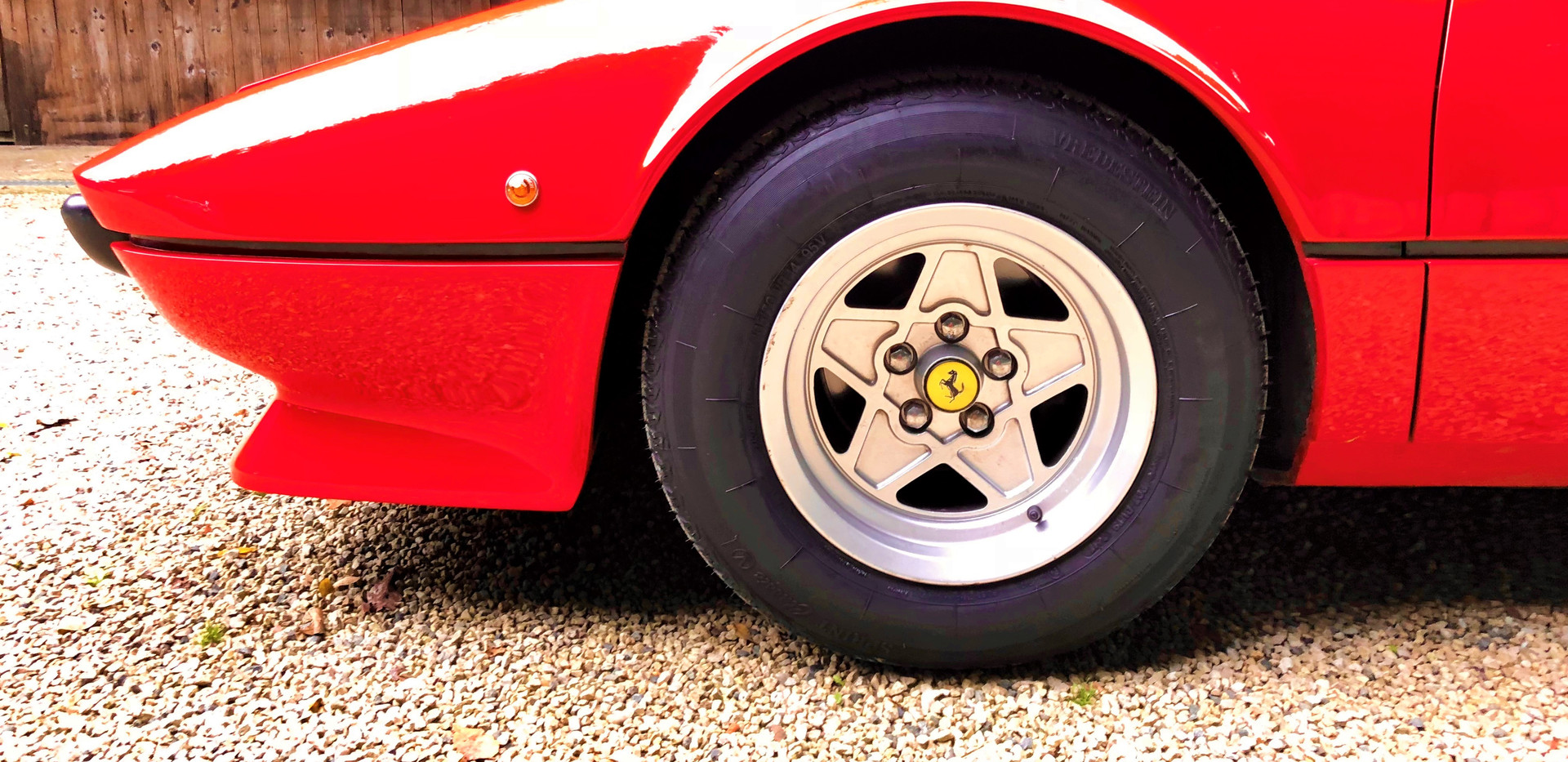Ferrari 208 GTB (6).JPG
