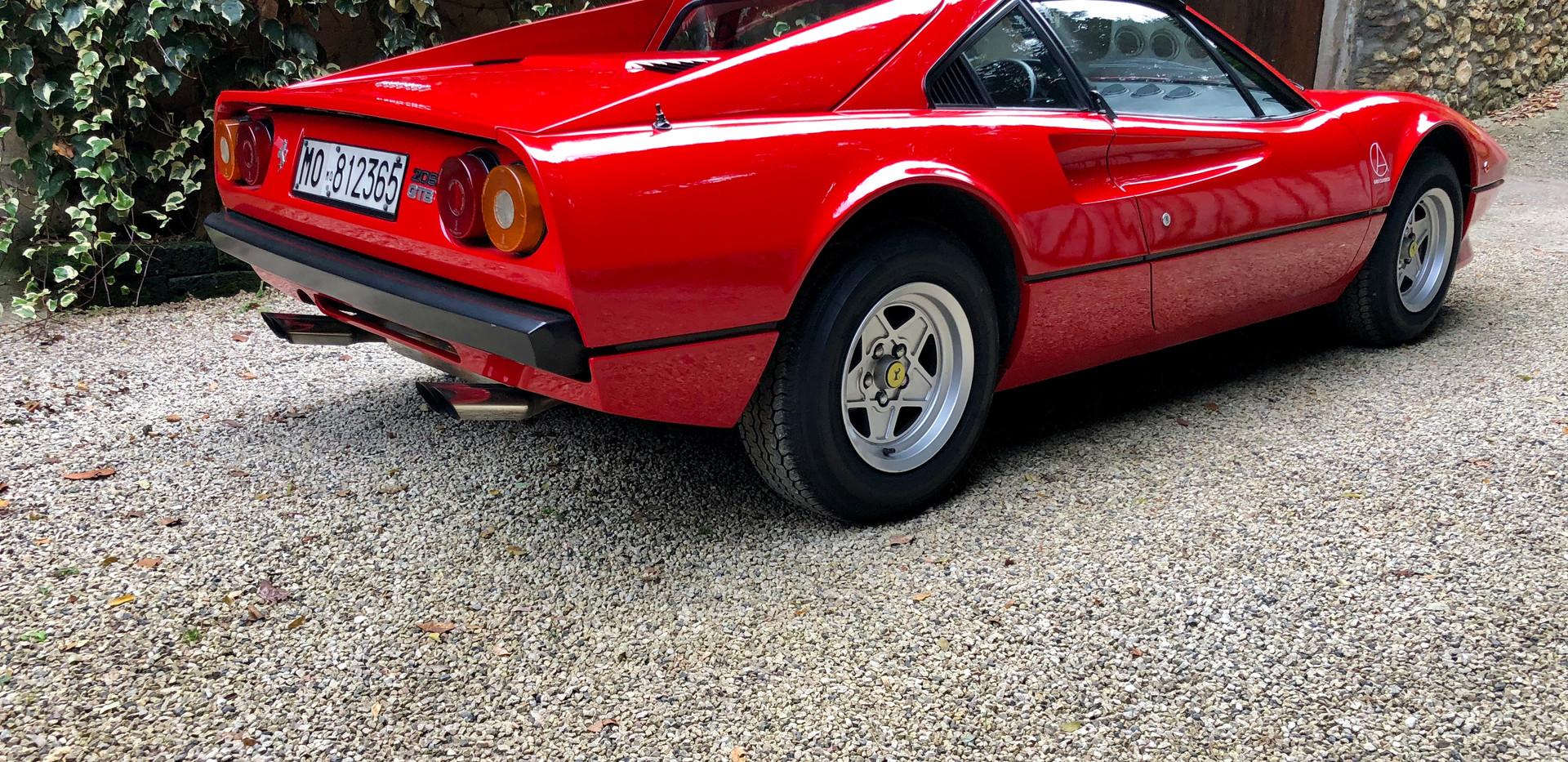 Ferrari 208 GTB (26).JPG