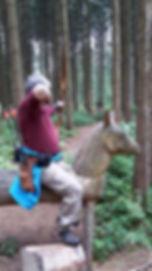 Bogenschießen_im_Parcours_-_manchmal_ste