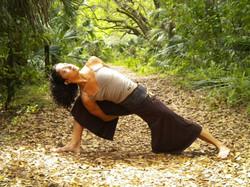 yoga115 utthita-parsvakonasana1
