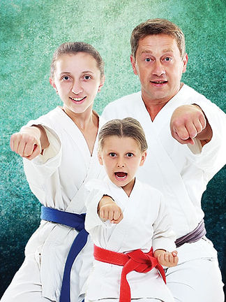 martial-arts-family.jpg