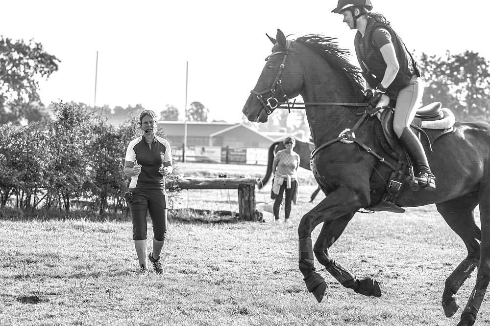 Trainen met een hartslagmeter geeft je nog meer duidelijkheid over de fitness van je paard. Beeld: ESVEO Fotografie
