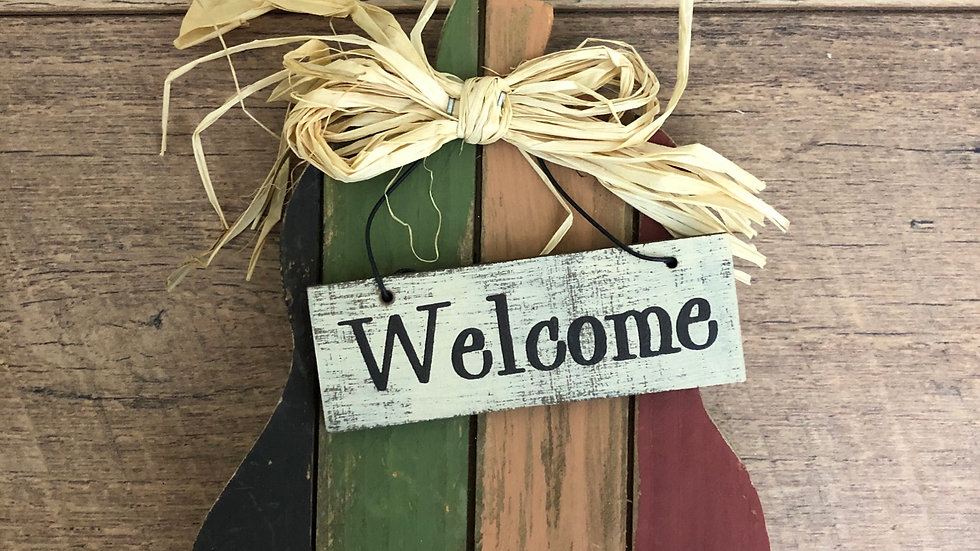 Lil' Wooden Welcome Fall Tabletop Decor
