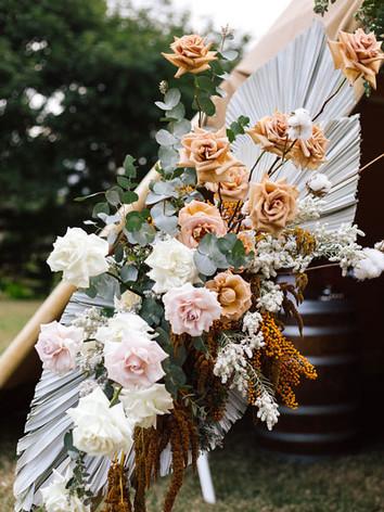 arbour-floral-arrangement-roses-5.jpg