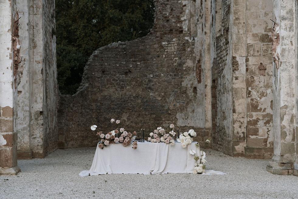 table-arrangement-florals-background.jpg