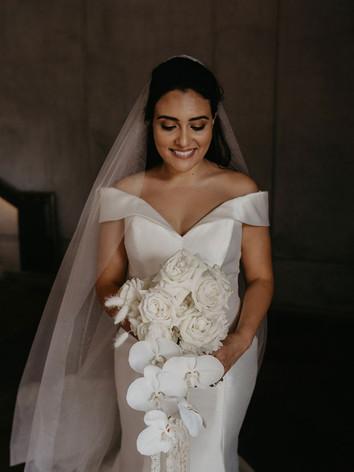 bride-holding-wedding-bouquet.jpg