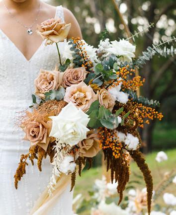 wedding-bouquet-roses-and-eucalyptus.jpg