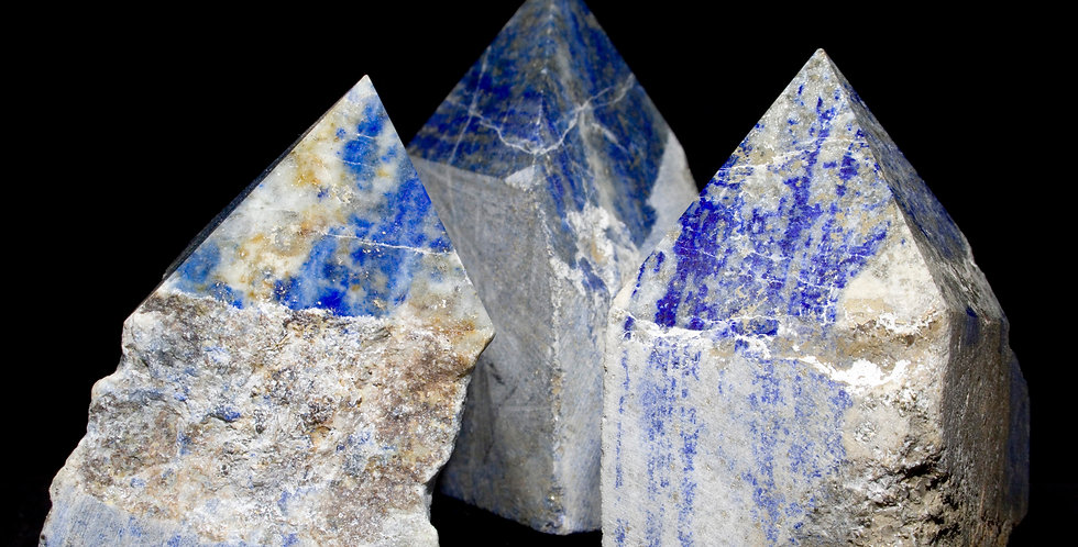 Lapis Lazuli points emerge in their beautiful blues, whites and golds.