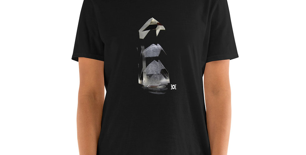 'Phase' Phantom Quartz Crystal Studio Mineralia T-Shirt
