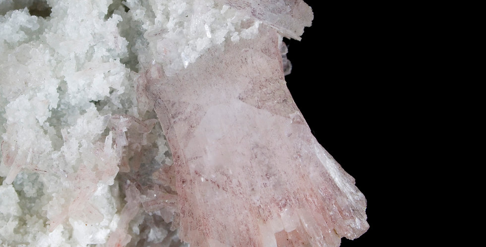 Miniature Heulandite crystals cover every dynamic Chalcedony-Basalt matrix surface while a large, light pink crystal