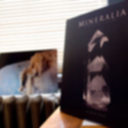Mineralia_Book.jpg