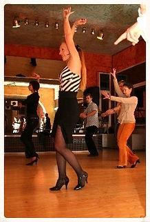 Universal Dance - L ecole de danse la plus sympa de Bruxelles