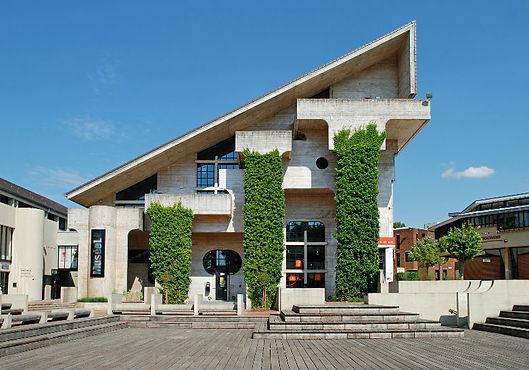 Musée_universitaire_de_Louvain-la-Neuve - L'Association culturelle de Dilbeek (ACD) a pour objet d'organiser, d'encourager et de promouvoir toute activité culturelle en langue française, auprès des habitants francophones de la commune de Dilbeek et plus largement à l'intention de tous les francophones d'autres communes de la périphérie bruxelloise.