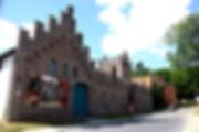 De kastelhoeve - L'Association culturelle de Dilbeek (ACD) a pour objet d'organiser, d'encourager et de promouvoir toute activité culturelle en langue française, auprès des habitants francophones de la commune de Dilbeek et plus largement à l'intention de tous les francophones d'autres communes de la périphérie bruxelloise