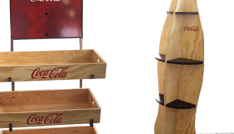 Coca-Cola_Gestelle.jpg