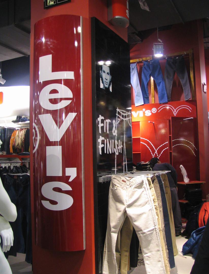 tienda mall Levis 06.jpg