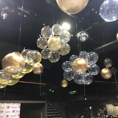 עיצוב מיוחד למועדון מבלונים