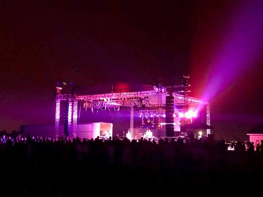 Stage Thrivefest North.jpg