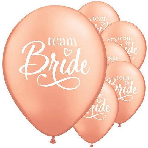 """6 Stück Latex-Ballons in rosé gold perlmutt mit Aufschrift """"Team Bride"""""""
