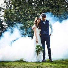 Hier finden Sie Dekorationszubehör für Ihre weisse Hochzeit.