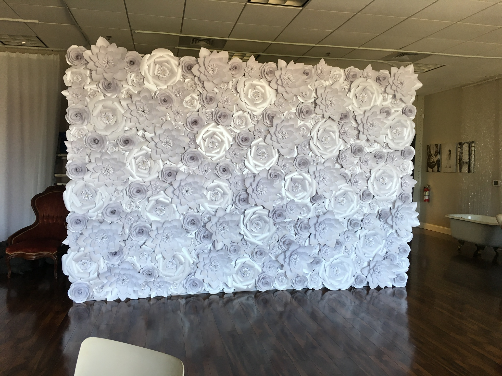 White Shimmer Wall 8x12'