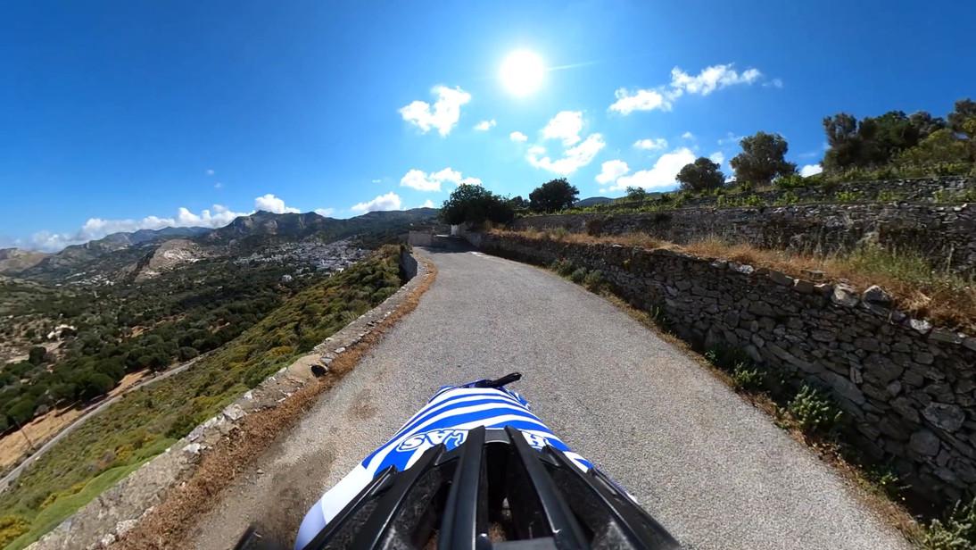 Naxos-Ascending to Za .mp4