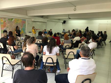 Reunião mensal de psicólogos e psicólogas da Apoio
