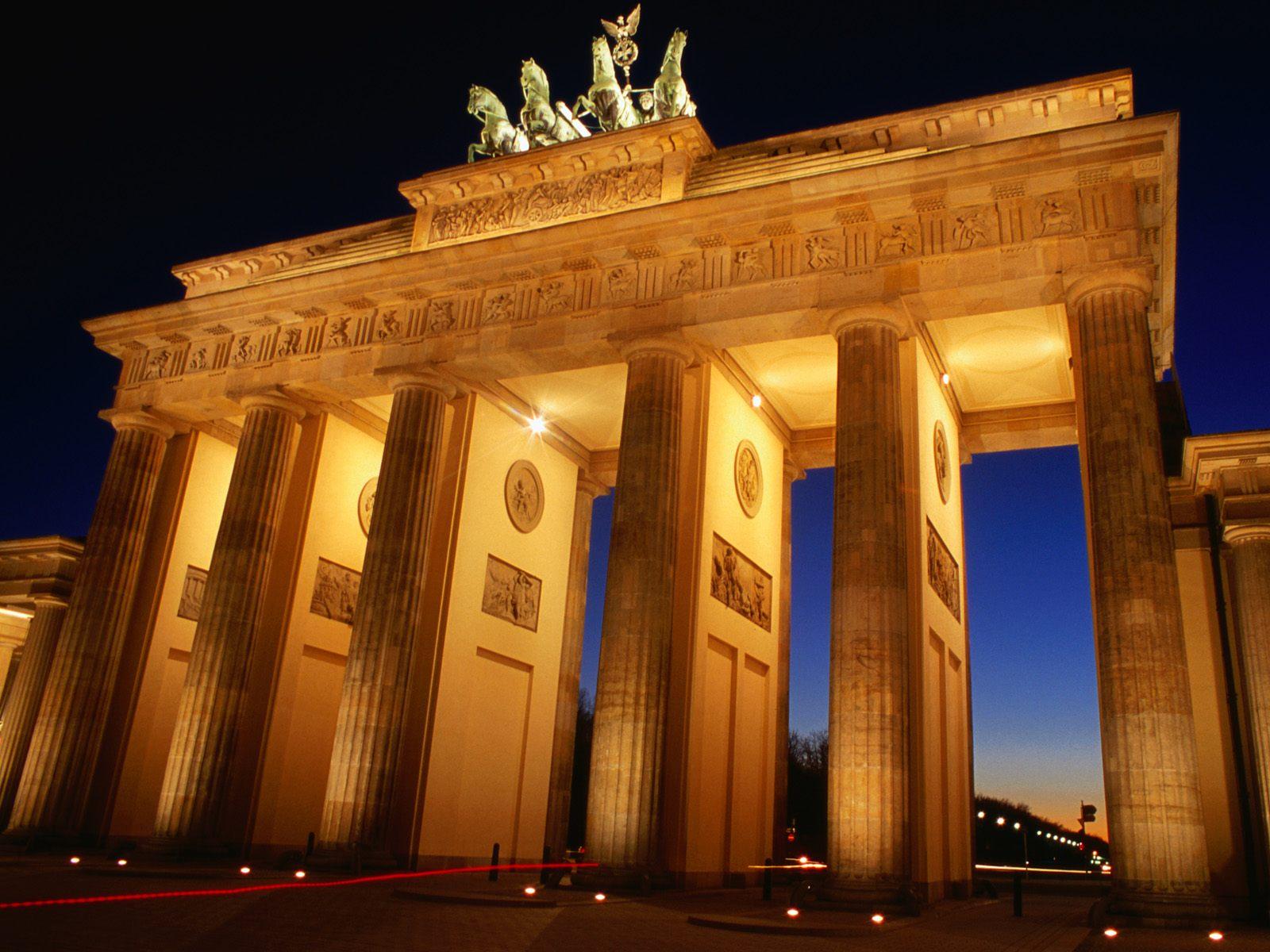 Brandenburg Gate, Germany.jpg
