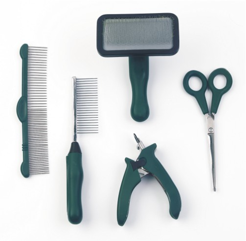Pet_Grooming_Tools.jpg