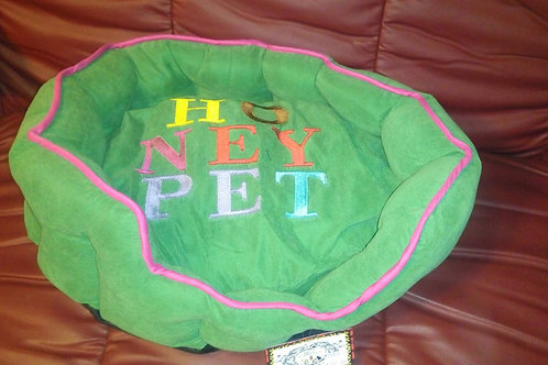 P.D PET IMPORTED GREEN BEDS