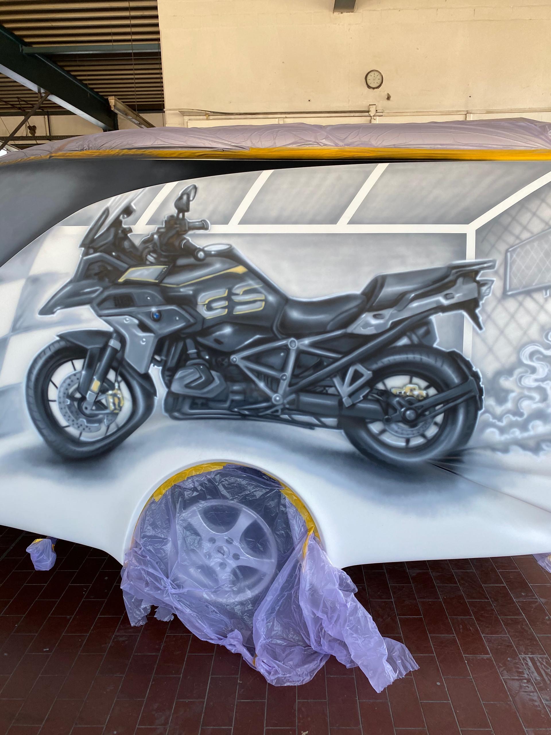 Motorrad Airbrush Gestaltung