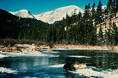 800px-Rocky_Mountains%2C_National_Park_e