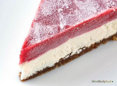 Raw Strawberry Chesecake