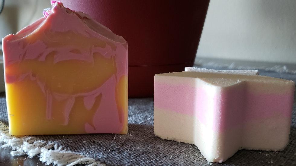 Pink Lemonade bath bomb