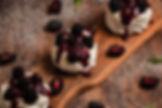 Mini Pavlovas con Salsa.jpg
