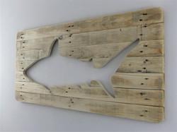 Requin en bois de palette