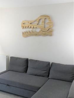 Decoration murale tete de dinosaure bois de palette