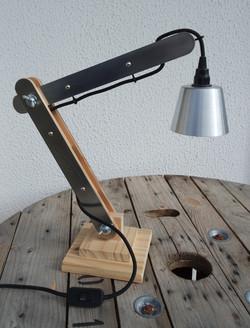 Lampe d'architecte bois et métal