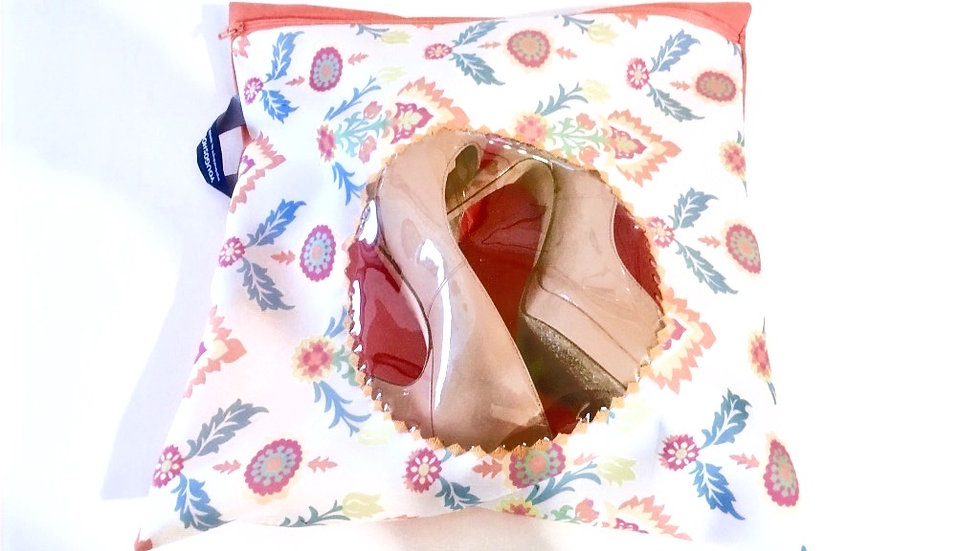 Yougoshoego®️ patterned shoe storage and travel pouch with a circular window