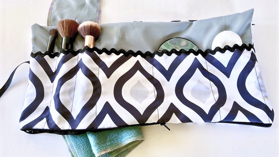Patterned Makeup Brush Roll