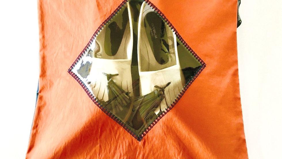 Yougoshoego®️ shoe storage pouch with a diamond window