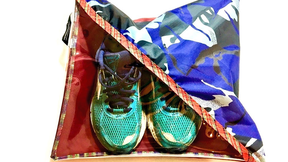 Yougoshoego® patterned shoe storage and travel pouch with a diagonal window