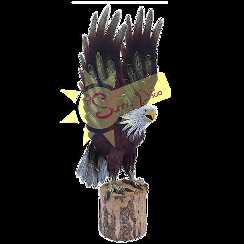 Aigle sur tronc