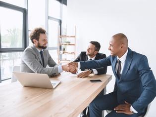 Modelo de contratação de executivos gera economia de até 20% para empresas