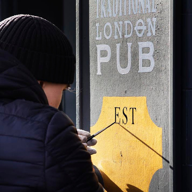 The Met Pub- Sign Painted