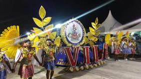 Com desfile equilibrado, Vila do IAPI canta Collares