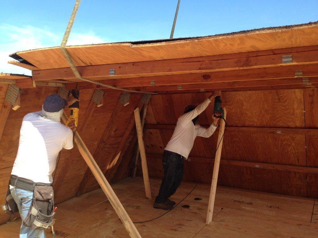 Roofing contractors building new